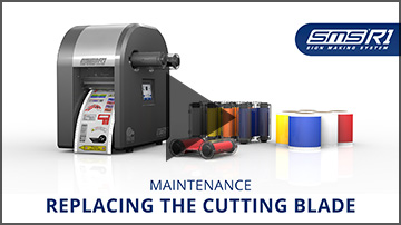 Replacing the cutting blade